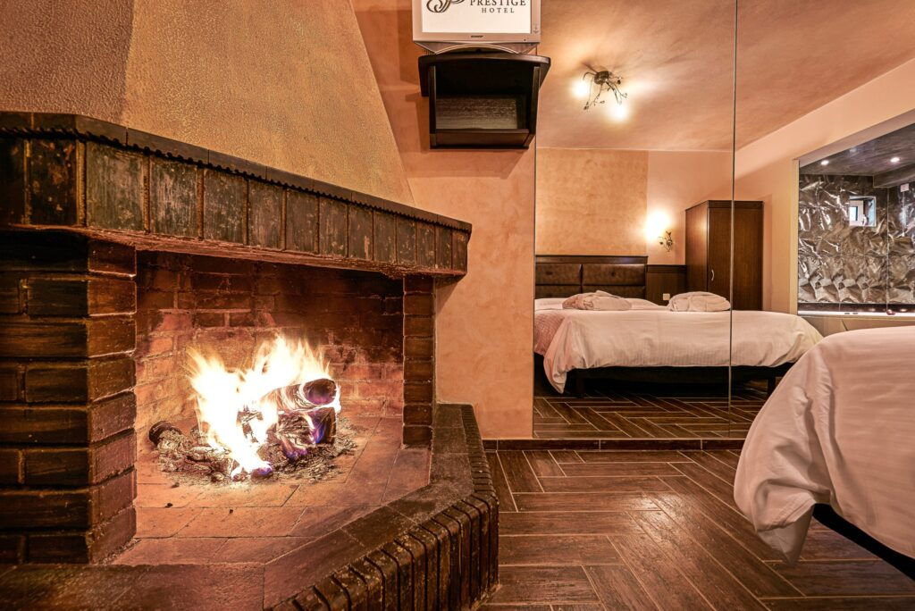 Hotel Prestige - Superior Logfire and Jacuzzi